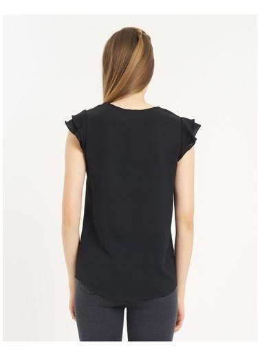 Tiffany&Tomato Önü Düğmeli Kolları Fırfır Detaylı Bluz-Siyah Siyah